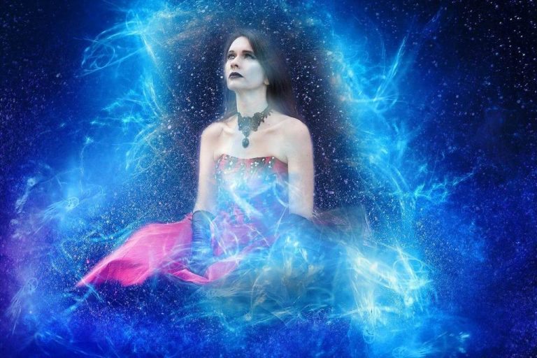 signs that your manifestation is coming (resized)